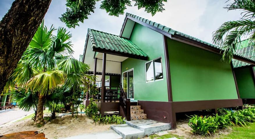 Exotic Bungalow Double Freshly Renovated - TH - Bungalow