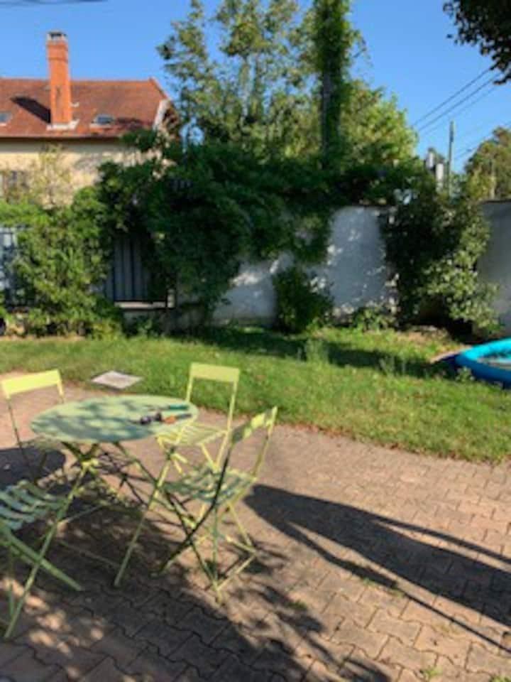 Studio cosy - Rez de jardin