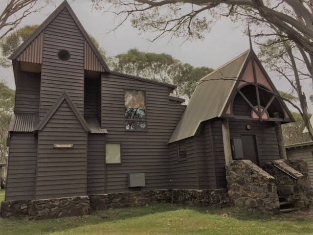 Warrawindi - Large chalet in the high country