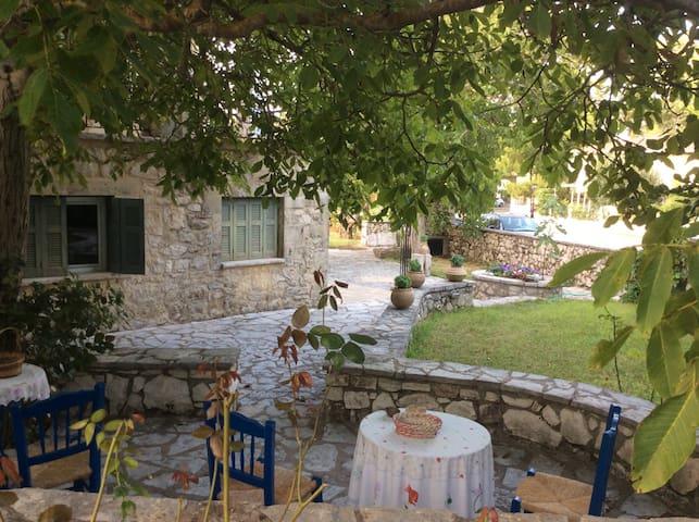 Villa Aspro-2 for Families/Couples