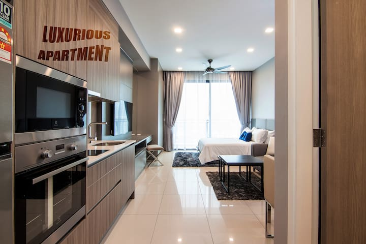 Luxurious Apartment in the Heart of Bangsar - Kuala Lumpur