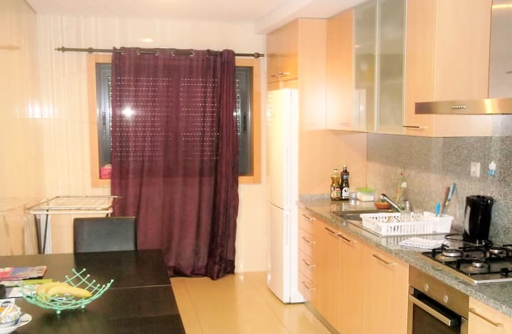 Flat with 3 Rooms + Living Room + Kitchen + WC