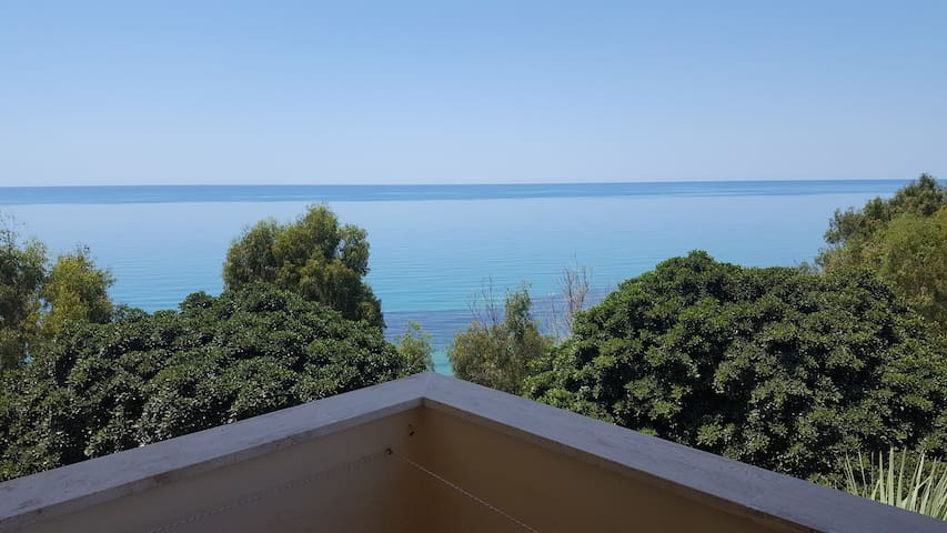 Agrigento, vista sul mare