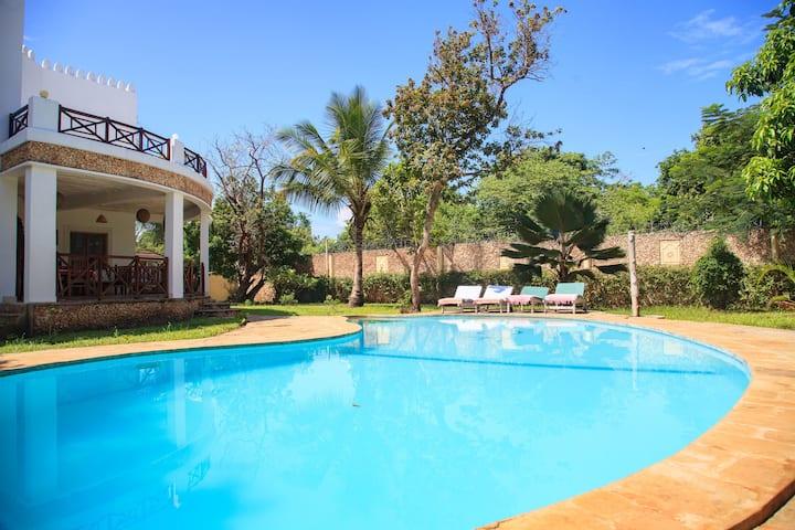 Villa Mapenzi