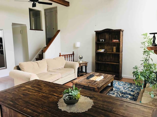 Casa Arroyo - Ground Level Suite