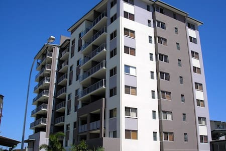 Urban Quarter 13 Two Bedroom Apartment Townsville City