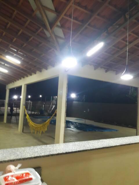 Chácara c/ piscina para pernoite durante a semana
