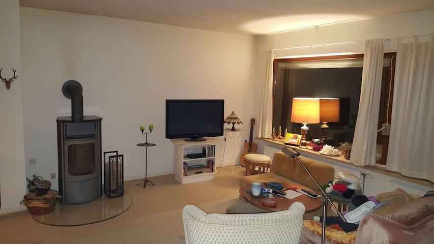 Zimmer, Bad, nahe A7, WLAN, ruhige Lage - Owschlag