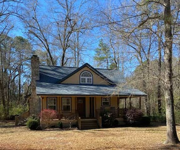Like New Cottage Home 40 minute EZ drive toMasters