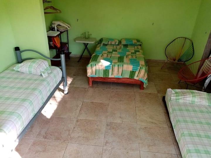 Habitacion para 4 personas y una adicional para 2