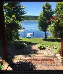 Kazmier Lake Retreat