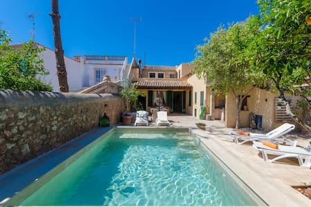 CAN MORA - Villa with private pool in Campos.