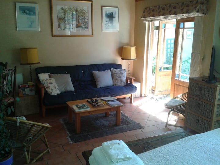 Glenhaven Guesthouse - Courtyard Cottage