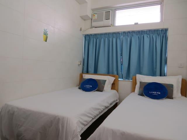 舒适标准双床房间,位於旺角朗豪坊购物天堂侧,邻近女人街和波鞋街