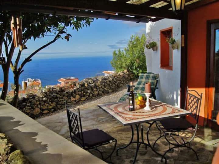 Gästehaus mit schöner Aussicht - 7012