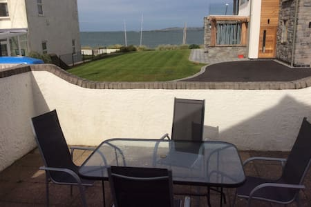 Luxury cottage close to beach - Rhosneigr - Hus