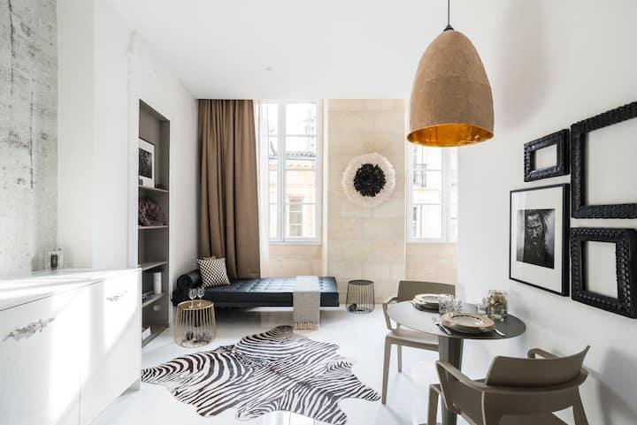 St Pierre/Magnifique Suite rue de la Merci