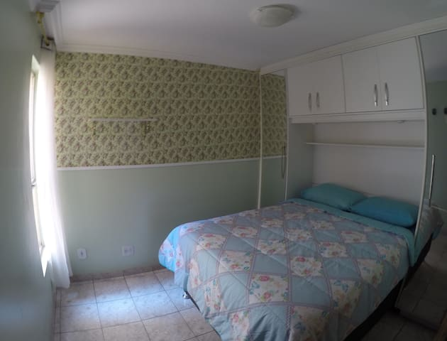 Room opposite the metro station - great location - Brasília - Pis