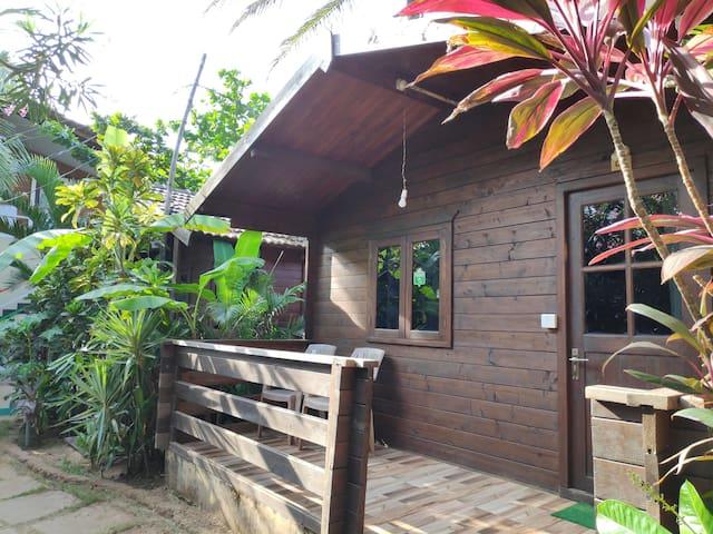 AC Garden View Cottage 3