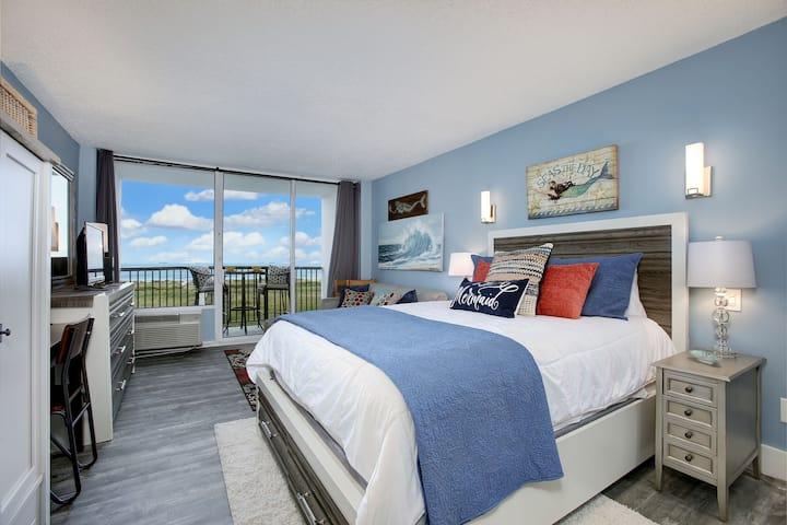 SeaBatical Galveston ...  Adorable & Affordable!
