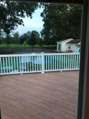 Private Backhouse/inground Pool/2min walk to HITS