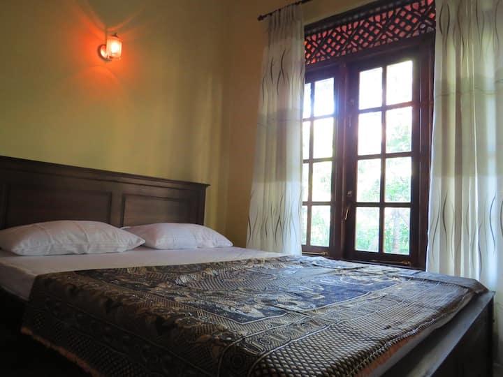 Belpeak Cottage - Family Room