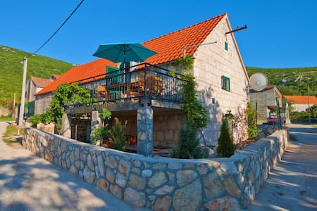 Authentic Stone House Jeannette