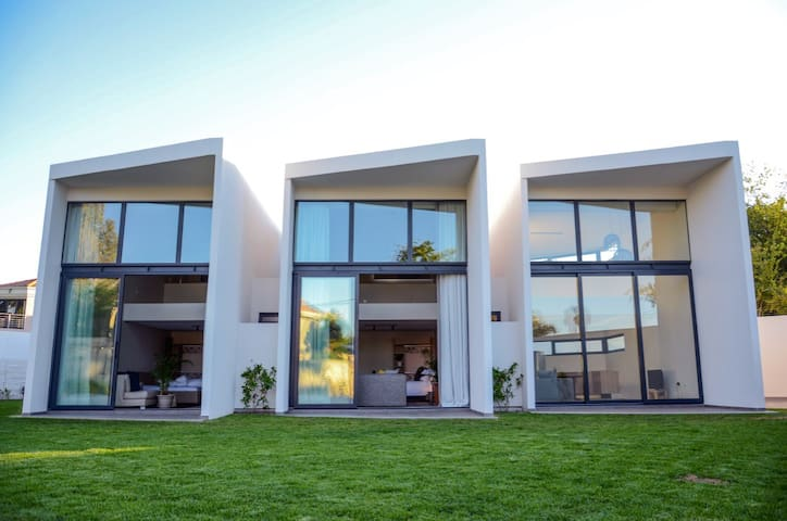 Sexy and Sophisticated City Escape on 4 Lulworth