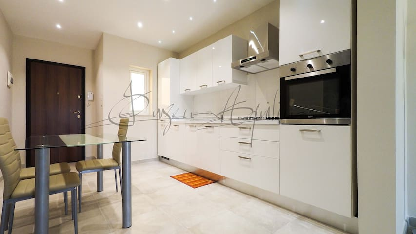 Luxury Apartment 1 bedroom in Gzira close SeaFront - Gzira - Byt