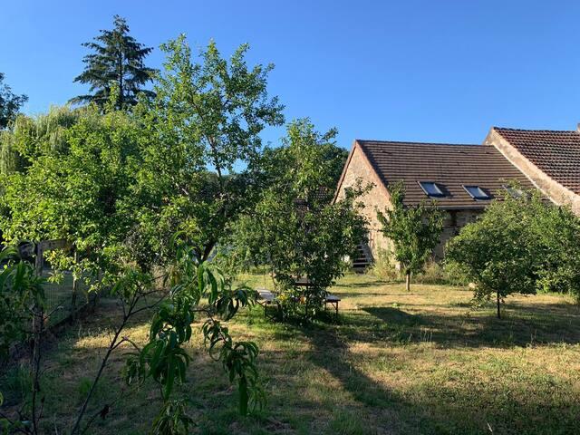 Bel appartement avec jardin au calme