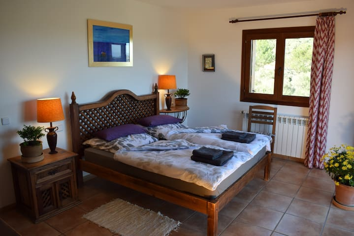 R3: Cozy room with balcony in quiet finca - Manacor - Dom