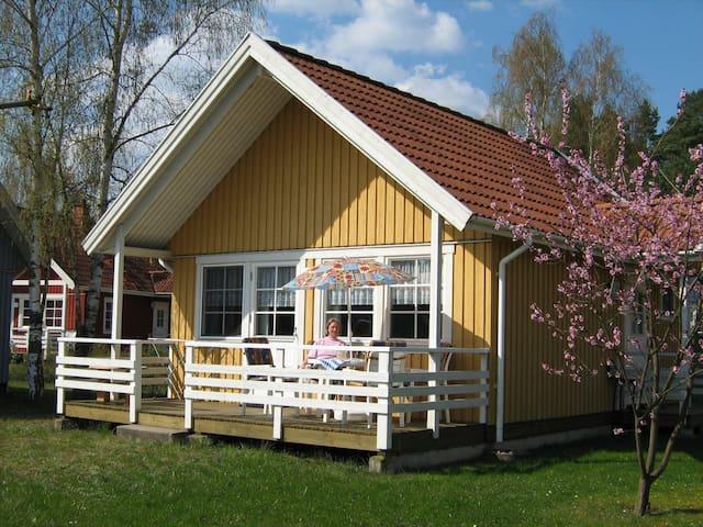 Haus Sonnenschein am See, Müritz-Nationalpark - Userin - Casa