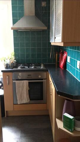 Cosy trendy 2 bedroom flat in Croydon
