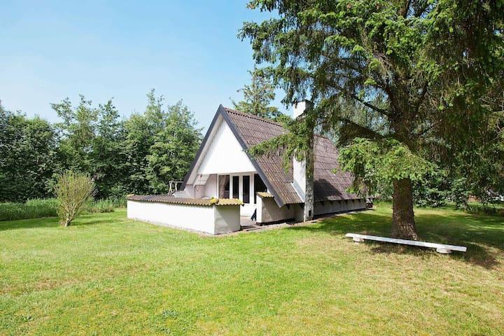 Gezellig vakantiehuis dicht bij het strand in Rødby