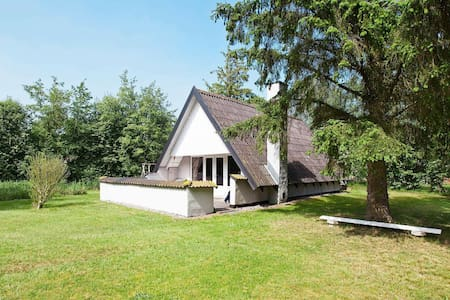 Cozy Holiday Home  in Rødby with Barbecue