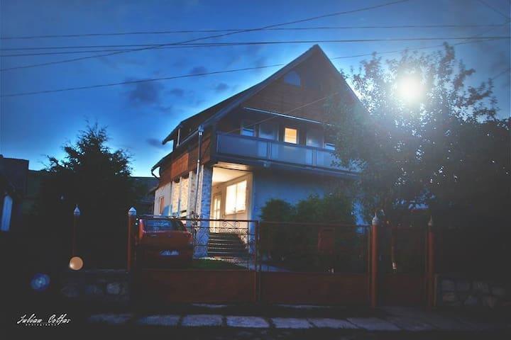 Casa Calbi