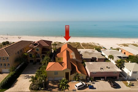 Beachfront Getaway at Casa al Mar - Redington Shores - Domek gościnny