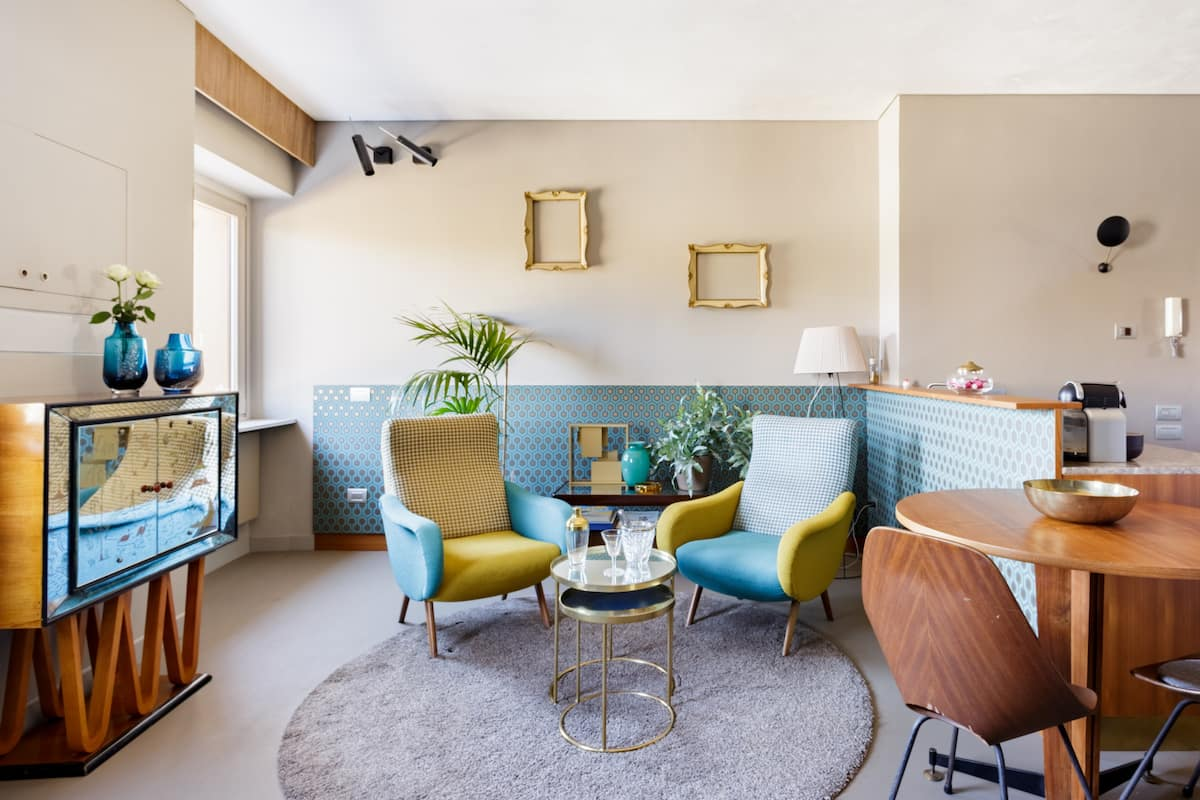 Quirky River-View Suite in the Heart of Verona