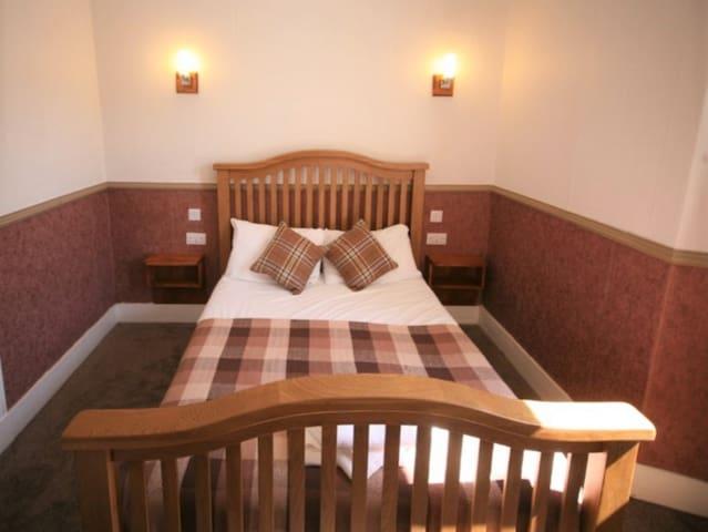 Double Room Ensuite (2 Pax)