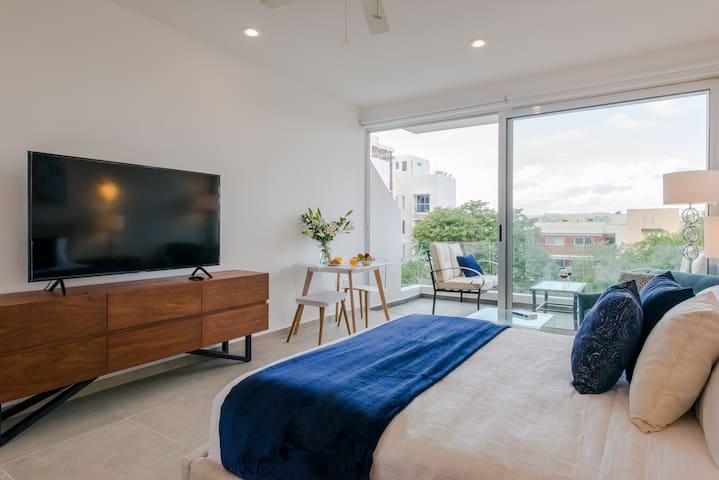PROMO-Luxury Studio-ROOFTOP POOL W/SEA view-GYM