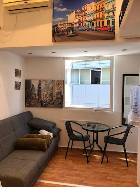 Top Location. Y27. New Studio. Central