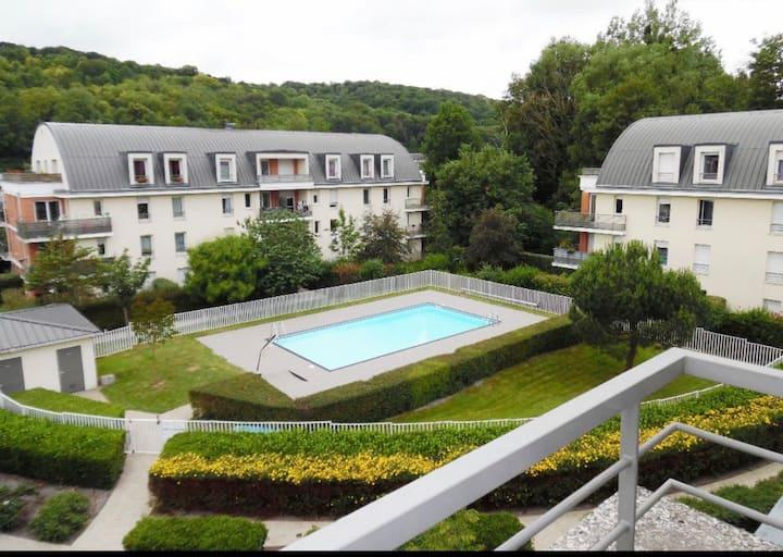 Logement avec piscine aux portes de ROUEN