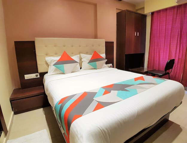 Budget Friendly Private Room In Malad West