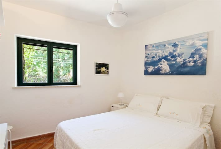 Bedroom Stanza da letto 1