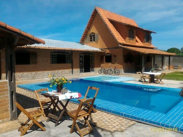 Hospedar em Cabo Frio, conforto, estilo, natureza.