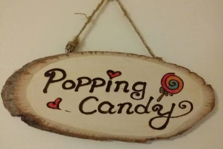 "7. ""Popping Candy""  Bright Sunny Room (Air-con)"