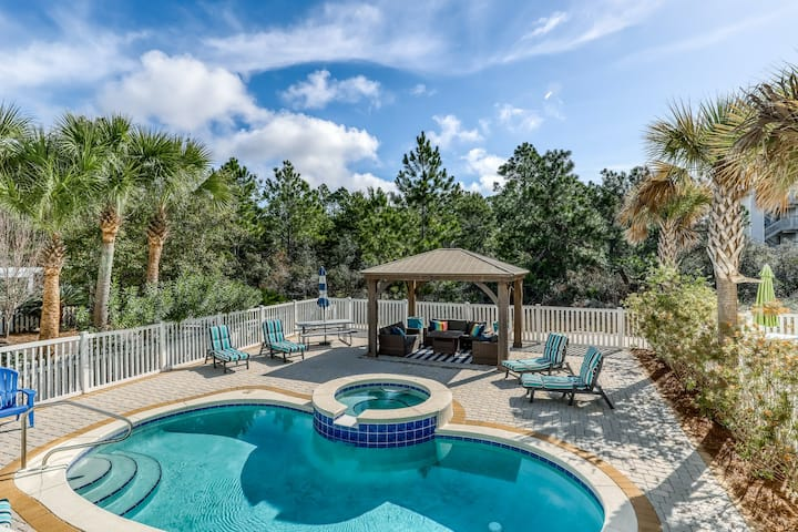 Luxury beach home w/ private saltwater pool, gas grill - walk to the beach!