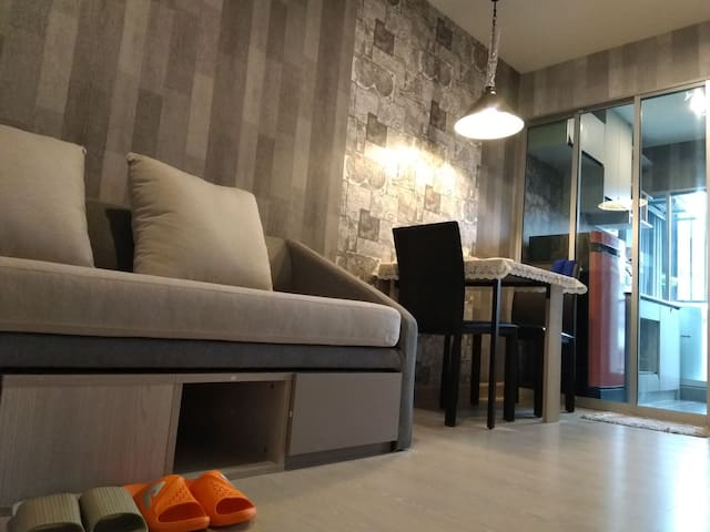 BTS Samrong Station 1Separate room and living room