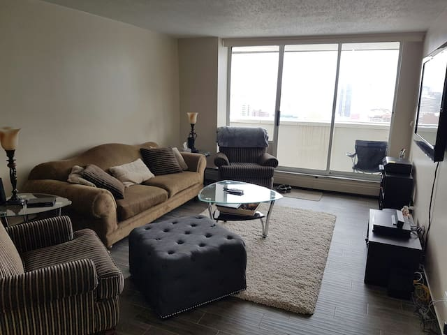 Completely renovated with large Mountain view balcony.