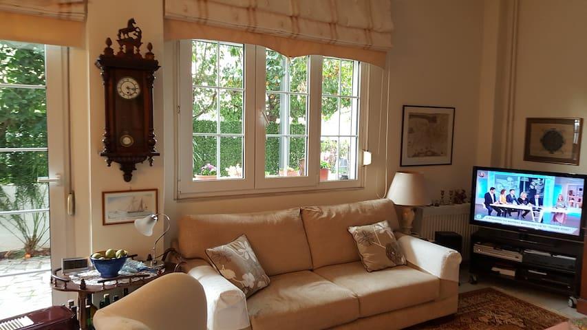 Cozy Appartment with garden sea close
